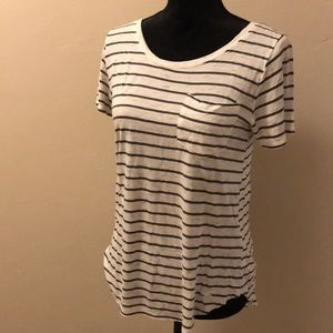 Hollister white & gray striped tshirt
